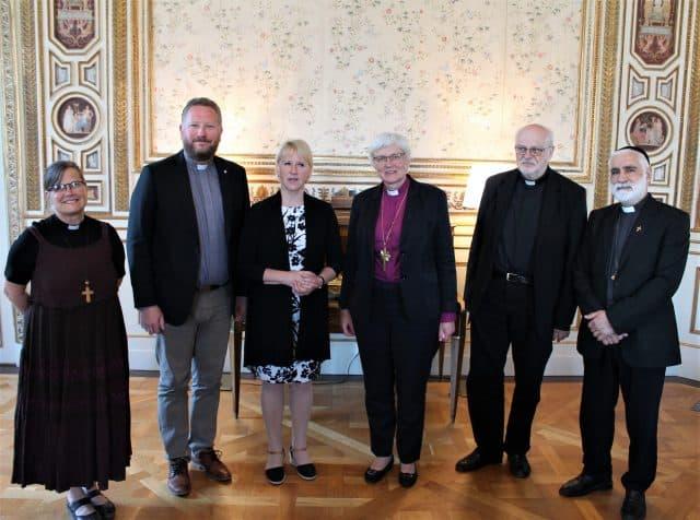 Kyrkoledare samtalade om religionsfrihet med Margot Wallström
