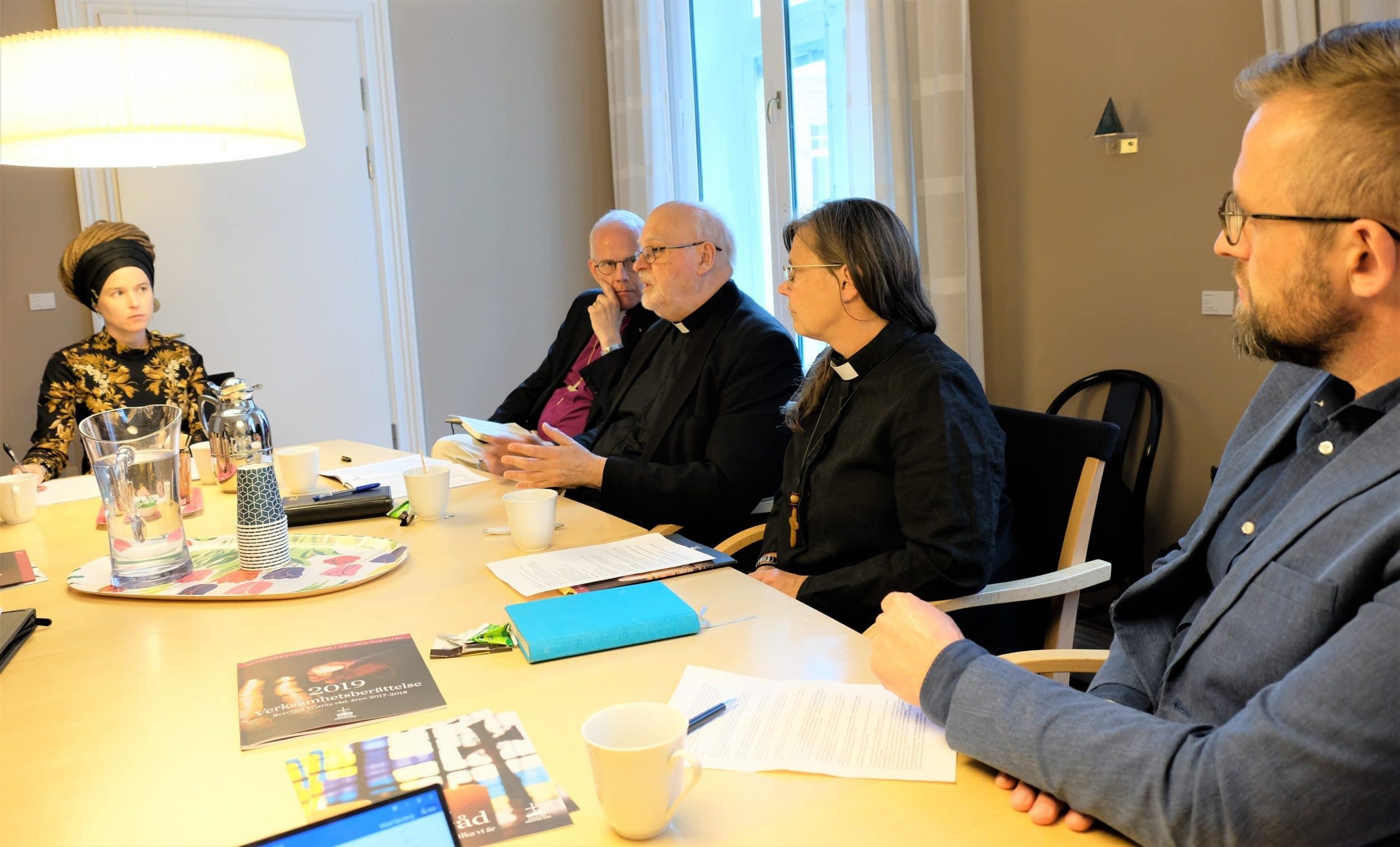 Kyrkoledare mötte kultur- och demokratiminister Amanda Lind