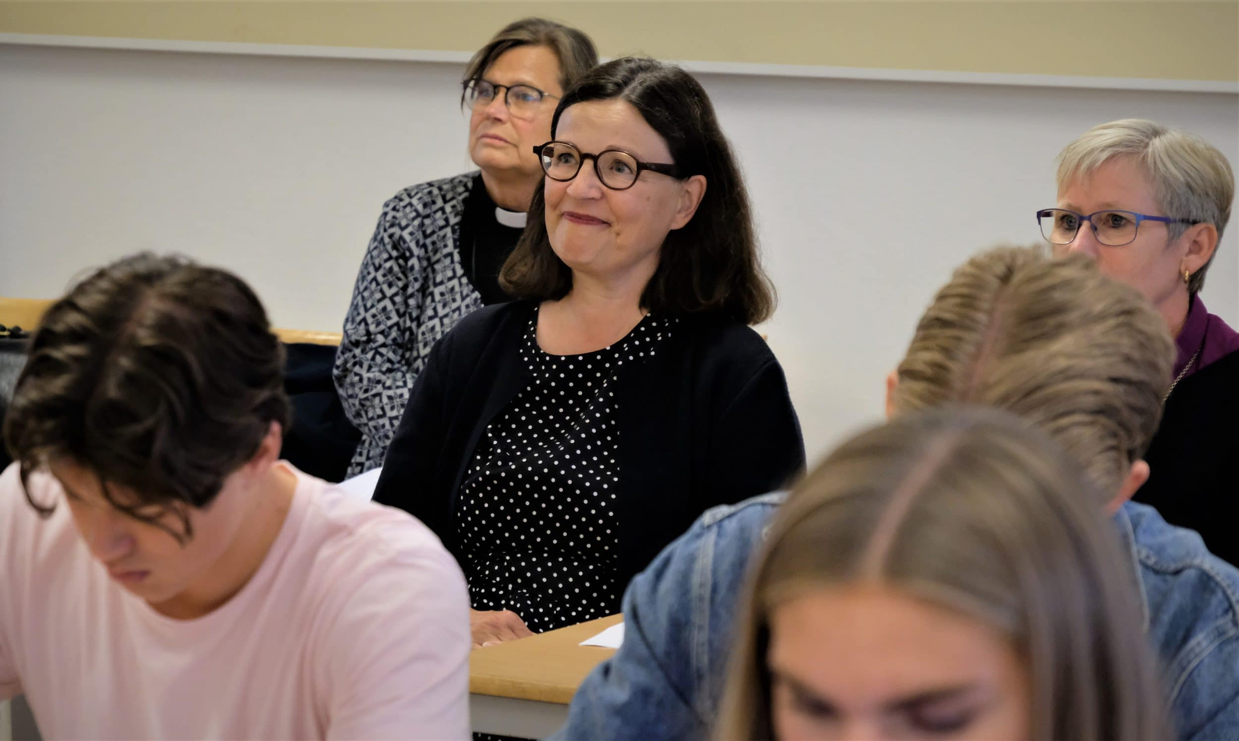 Anna Ekström besökte kristen friskola