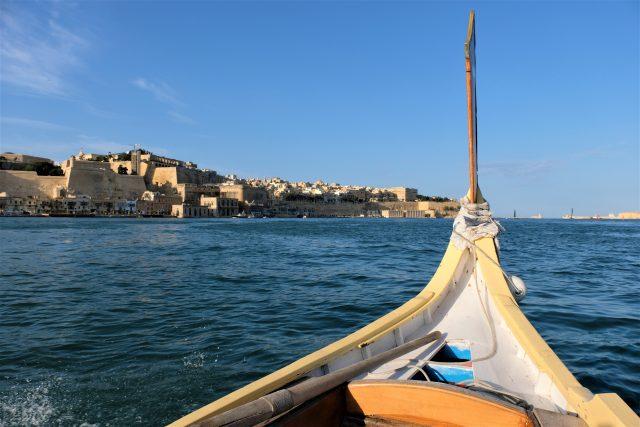 Världens största ekumeniska manifestation fokuserar skeppsbrott på Medelhavet