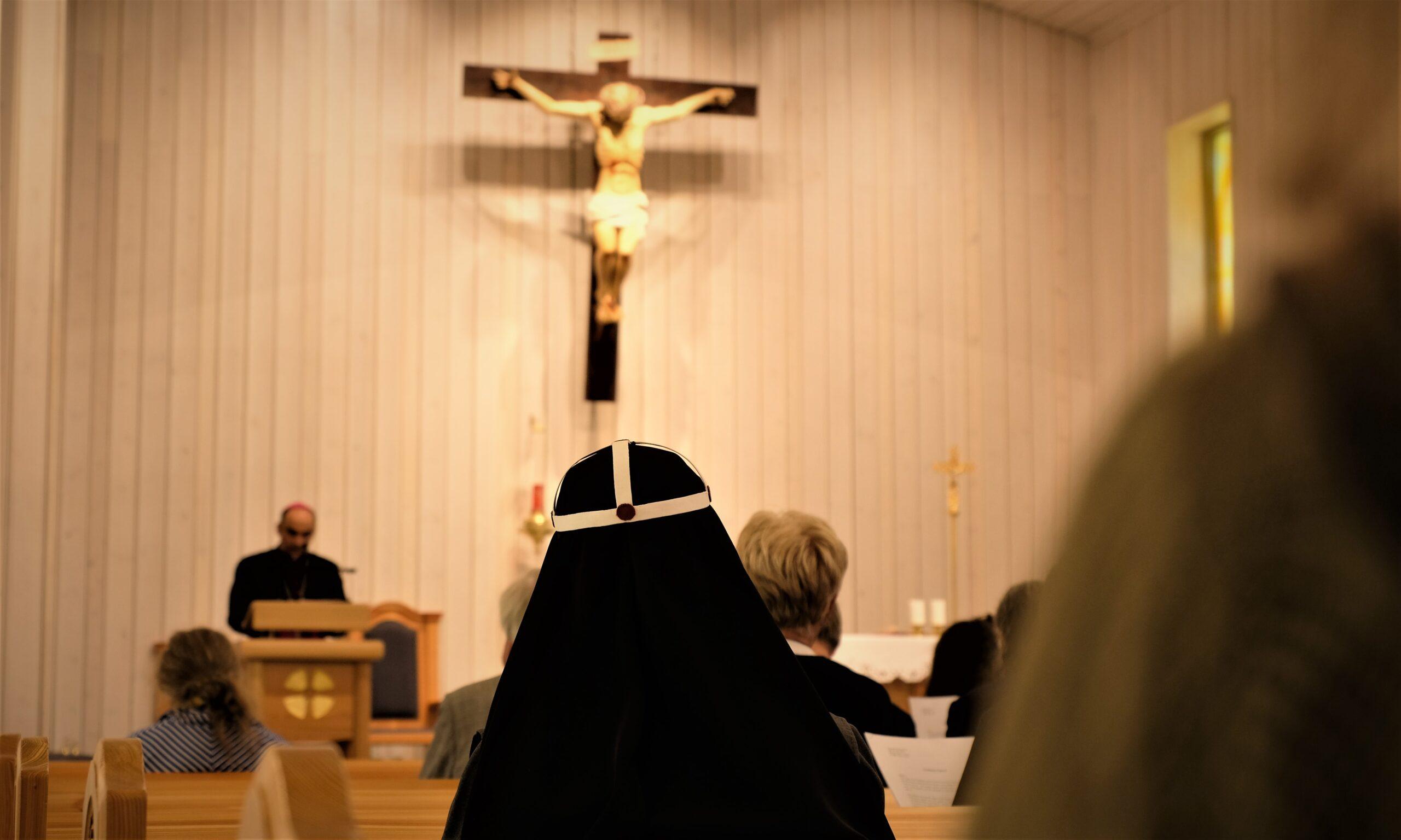 Material från klosterkommuniteten i Schweiz