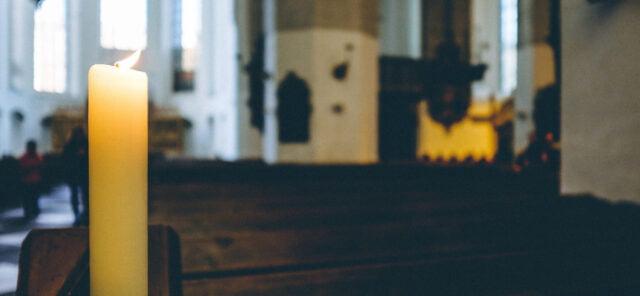 Bön för våldets alla offer och värme till alla som sörjer